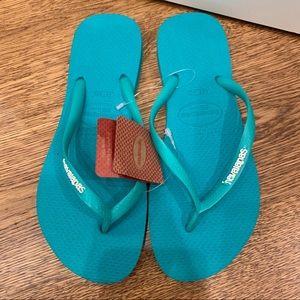 NWT Teal Havaiana Flip Flops/Sandals